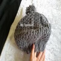 کلاه کج بافتنی