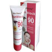 ضد آفتاب شترمرغ کیس بیوتی spf 90