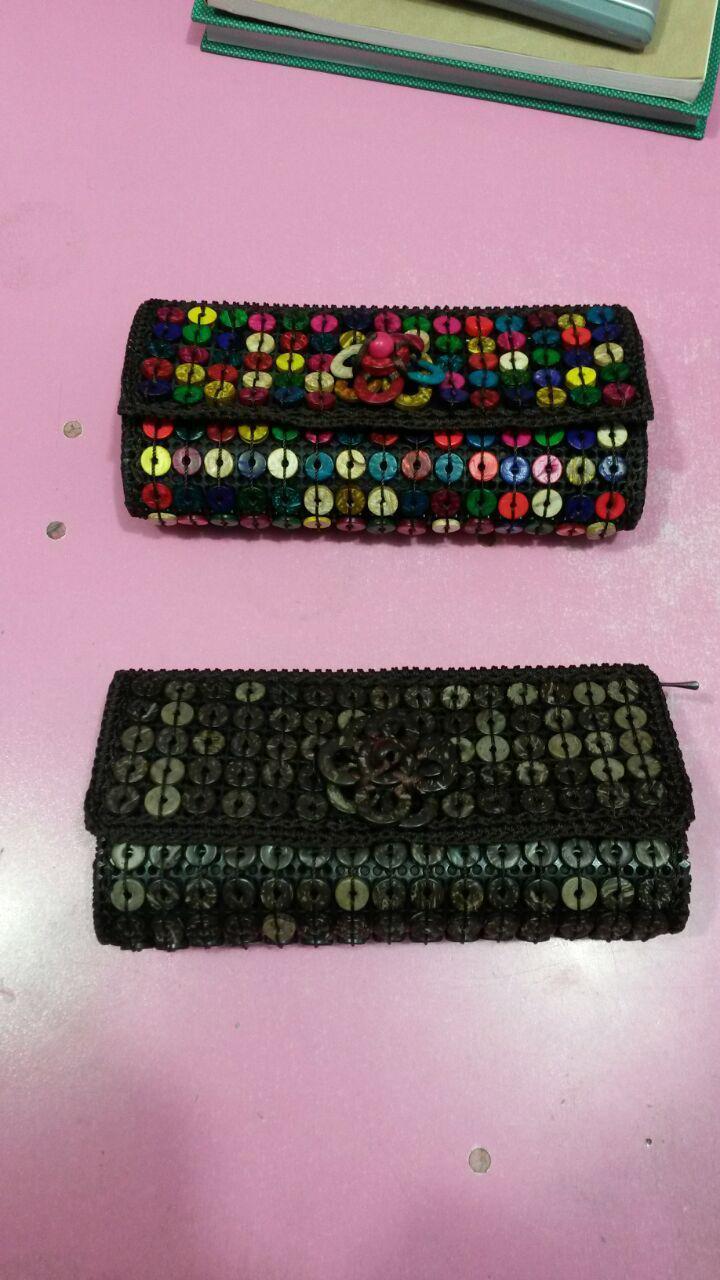 خرید اینترنتی کیف پول زنانه دست دوز