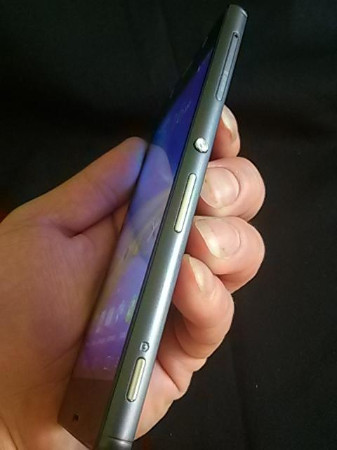 طرح اصلی Sony Xperia Z3 با اندروید 4٫4