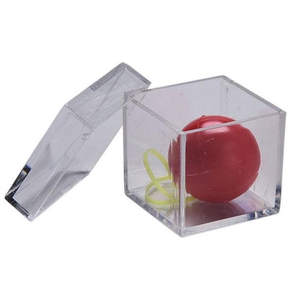 مکعب و توپ شیشه ای