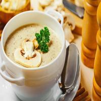 سوپ مرغ و قارچ ظرف بزرگ