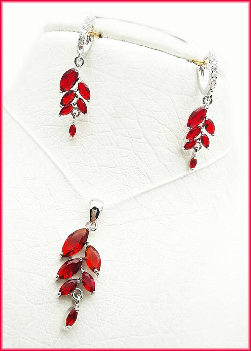نیم ست گردنبند و گوشواره زنانه پرنگین قرمز با زنجیر