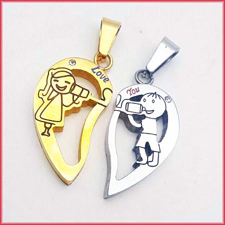 گردنبند قلب دوتکه استیل کد 5 با دو زنجیر