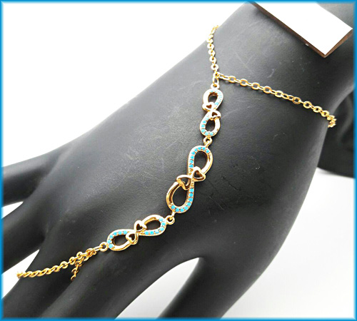 دستبند تمیمه زنانه طرح بینهایت برند cm