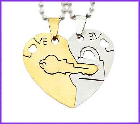 گردنبد قلب دوتیکه استیل کد10 با دو زنجیر