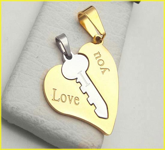 گردنبند دوتکه استیل قلب و کلید با 2 زنجیر کد1