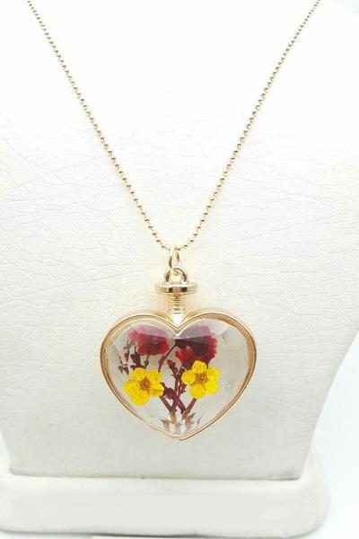 گردنبند زنانه رومانتویی شیشه ای گل خشک زرد و قرمز
