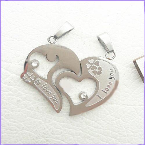 گردنبند قلب دو تکه کد 8 با دو زنجیر