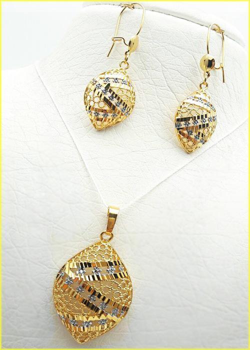 نیمست زنانه برنجی طرح طلا با زنجیر