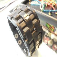 خرید اینترنتی دستبند چرم طبیعی مردانه