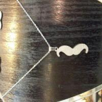 خرید پستی گردنبند  زنانه