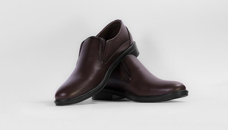 کفش مردانه مشکی و قهوه ای