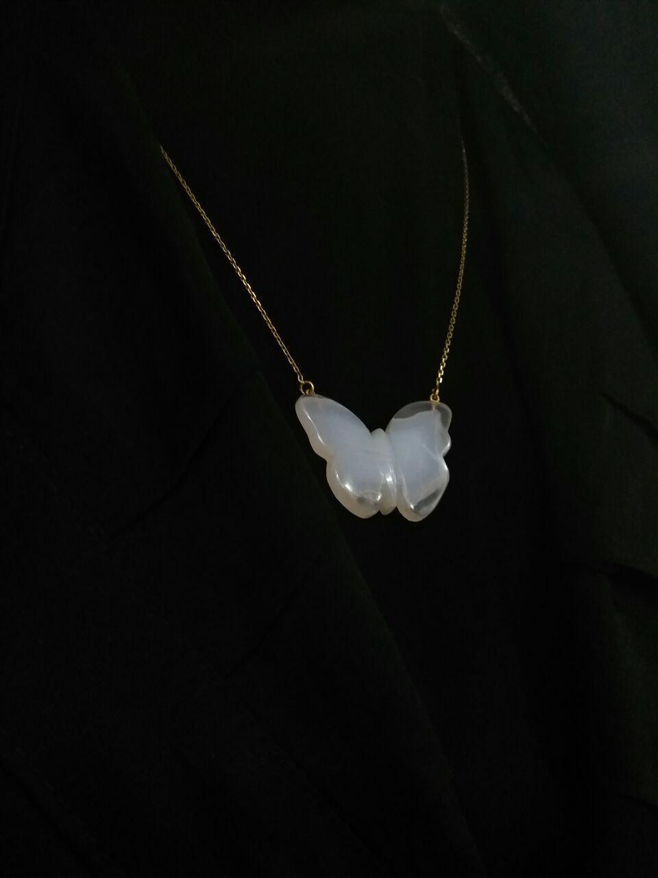 گردنبند پروانه ای عقیق