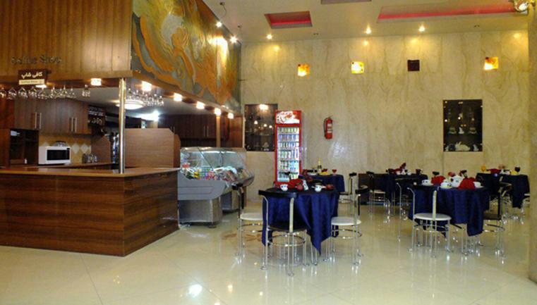 شب رویایی در هتل 3 ستاره پارمیدا (ویژه تعطیلات نوروز 97) پکیج 1