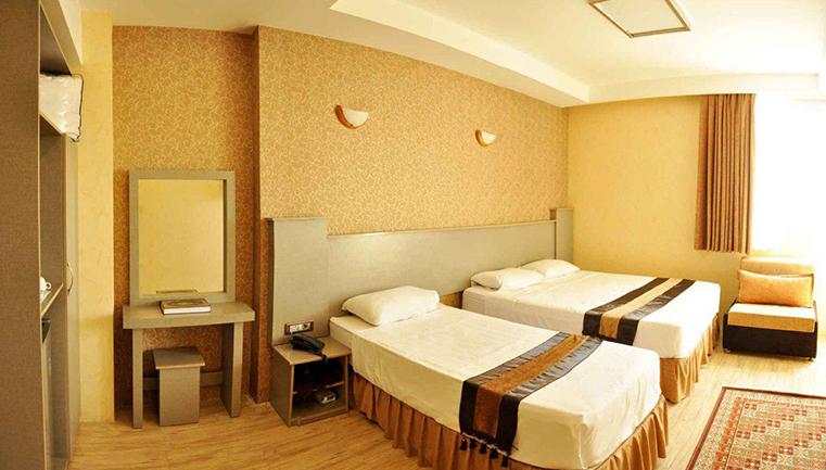 اقامت رویایی در هتل 2 ستاره بسطامی (ویژه تعطیلات نوروز 97) پکیج 2