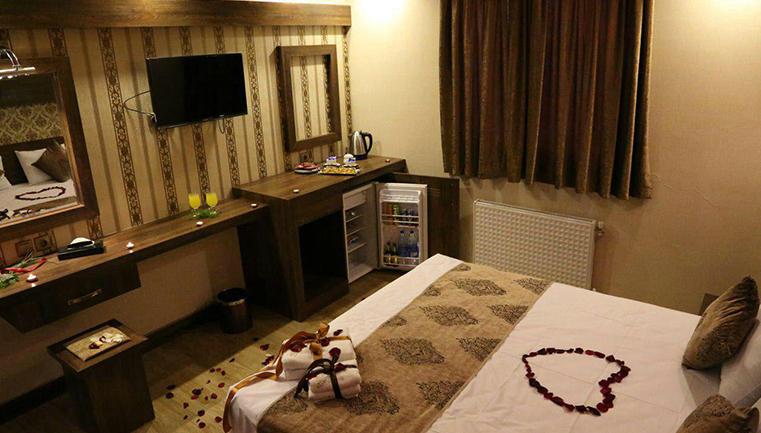 اقامت رویایی در هتل 3 ستاره آتور (ویژه تعطیلات نوروز 97) پکیج 2
