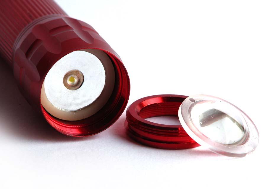 چراغ قوه 3 باطری W 2000 با لامپ SMD