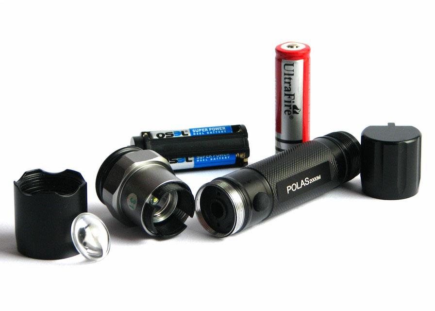 چراغ قوه شارژی W 30000 با لامپ XP-E