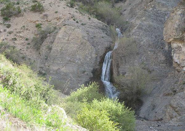 آبشار دره جاج (سست)، اسفراین