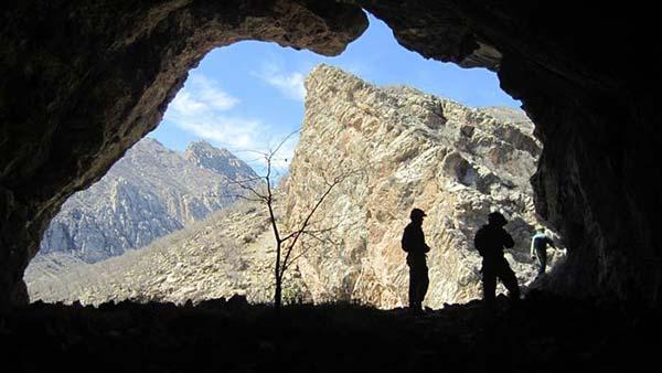 غار غریب خانه