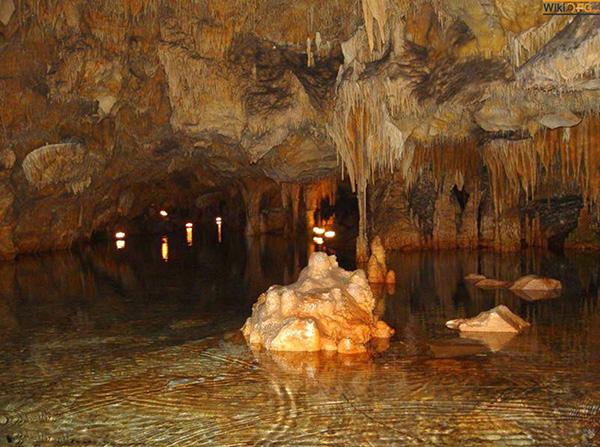 غار کانی رش