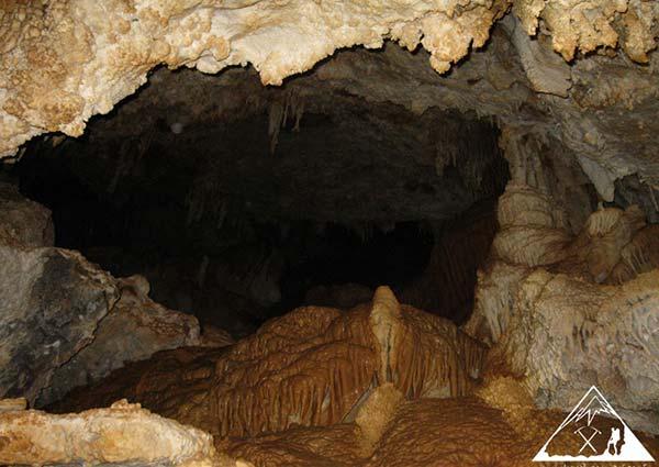 غار دوکچی
