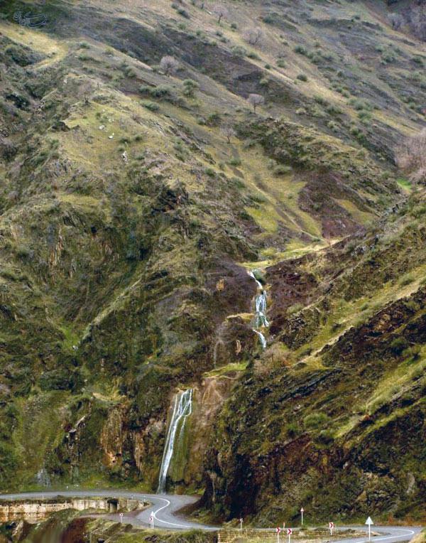 آبشار دریبر، پاوه