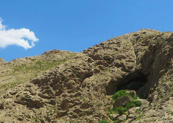 غار آریا