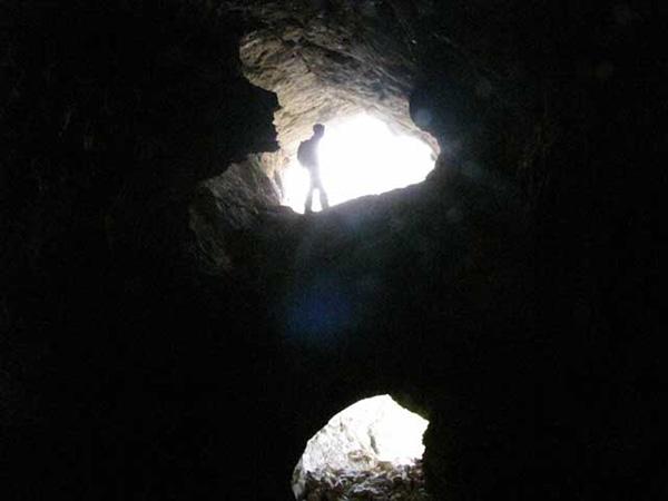 غار شفق