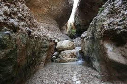 غار کبوترلان