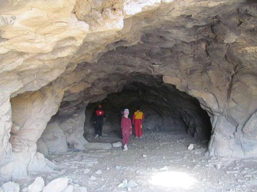 غار حسن خان - پیر یوسف