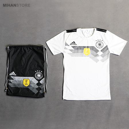 ست تی شرت و شوز بگ آلمان