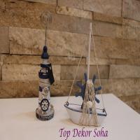 مجسمه قایق و فانوس دریایی