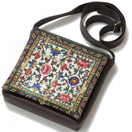 کیف چرمی خورجینی لوتوس