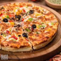 پیتزا قارچ و گوشت مخصوص ایدا