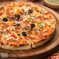 پیتزا مخصوص قالب سه نفره