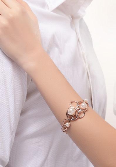 دستبند مدل B090