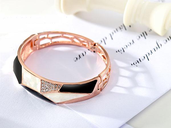 دستبند مدل B098