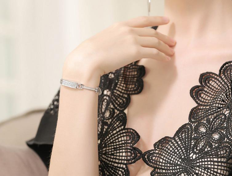 دستبند مدل B123