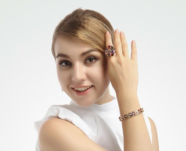 دستبند مدل B126