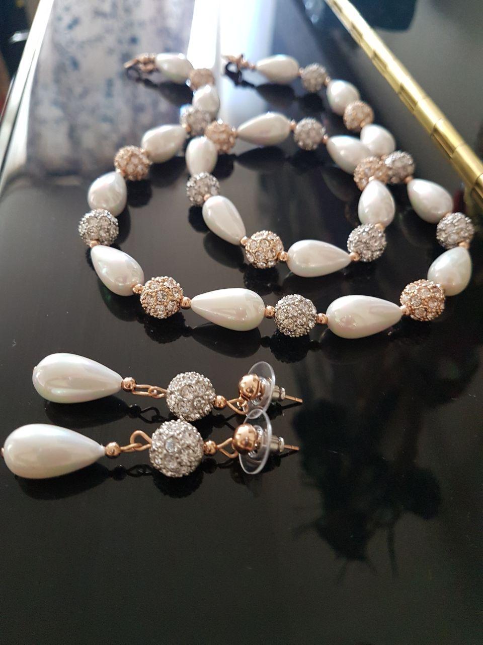 ست گردنبند و گوشواره و دستبندSE203