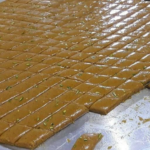 حلوا لوز عسلی محصول دماوند