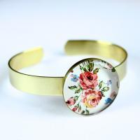 دستبند برنجی طرح گلدار