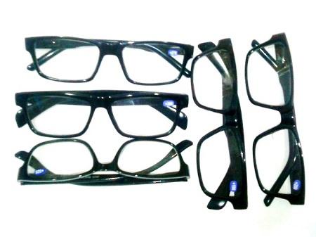 عینک مطالعه شماره دار