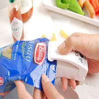 دستگاه پلمپ کیسه فریزر زیپ پلاست (10%تخفیف خرید نقدی)