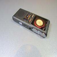 ضبط صدای خبرنگاری دوربین دار (رکوردر دوربیندار)