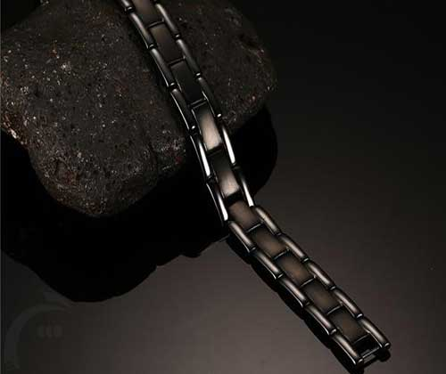 دستبند مغناطیسی استیل مشکی مات