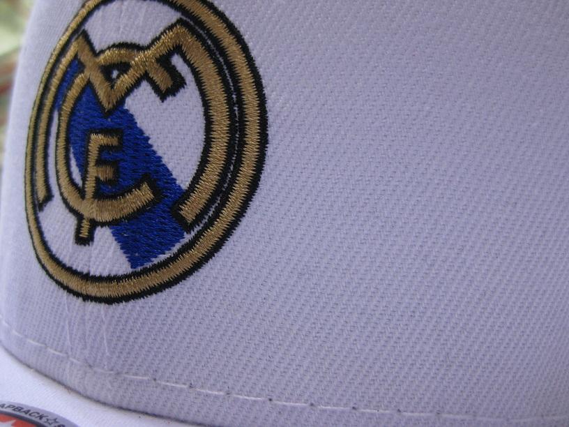 کلاه رپ خارجی اورجینال real madrid سفید
