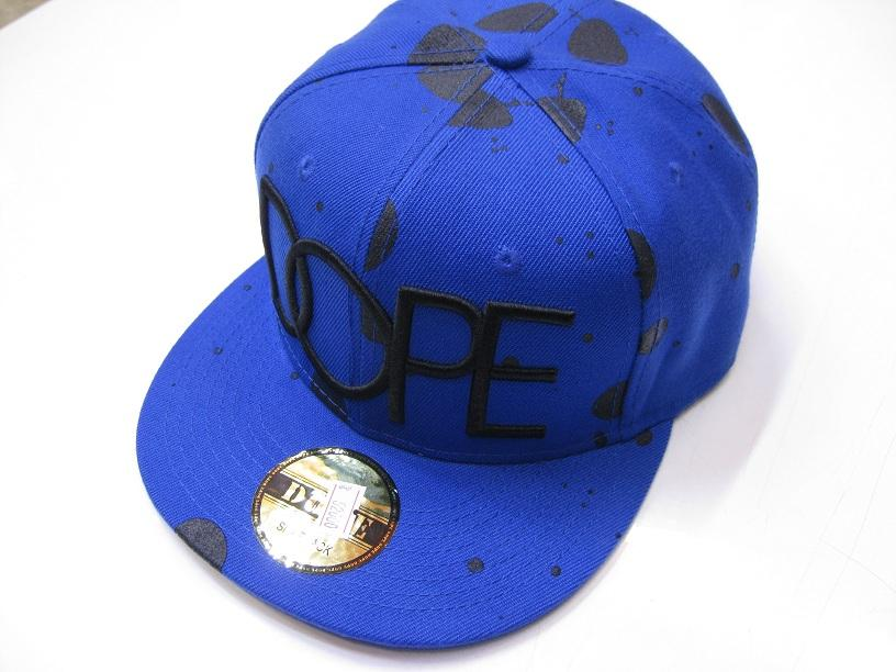 کلاه رپ  dope خالخالی آبی مشکی